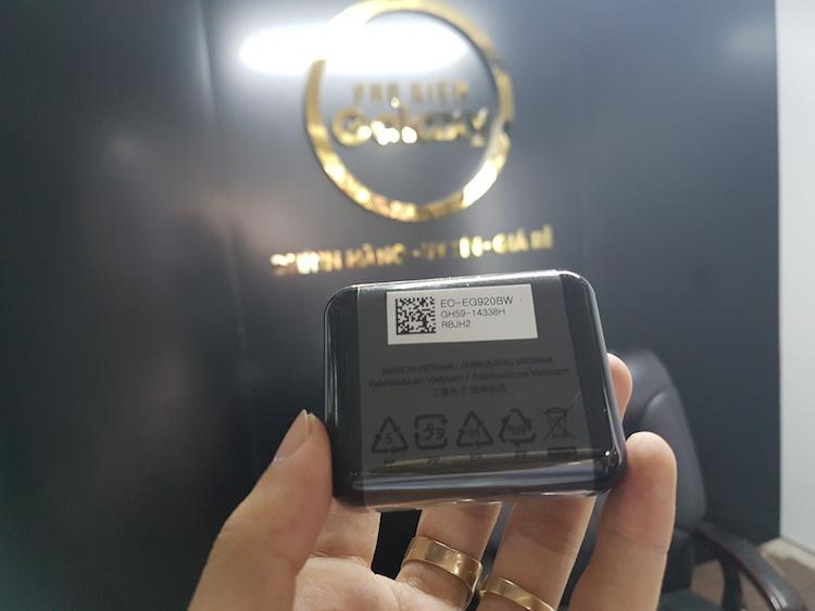 Sản phẩm cần bán: Tai nghe Galaxy S7 / S7 Edge chính hãng Tai-nghe-s7-1