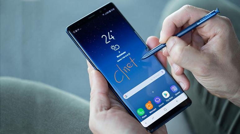 Cận cảnh Samsung Galaxy Note 8. Nam tính, sắc sảo và mê hoặc.