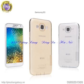 Ốp lưng Silicon Galaxy E5 hiệu Nillkin chính hãng